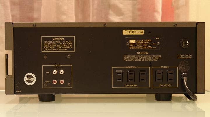 CA 2000 Sztereó Előerősítő