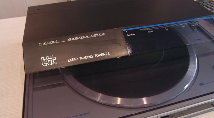 FP 146 Sztereó Lineáris Lemezjátszó