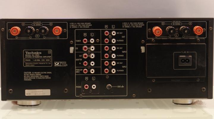 Su V900 Stereo Amplifier Ritorno Hu