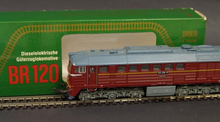 BR120 269-6 DR Dízelmozdony