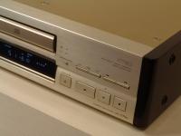 CDP-X779ES Sztereó CD lejátszó