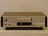 CDP-X779 ES Stereo CD Player